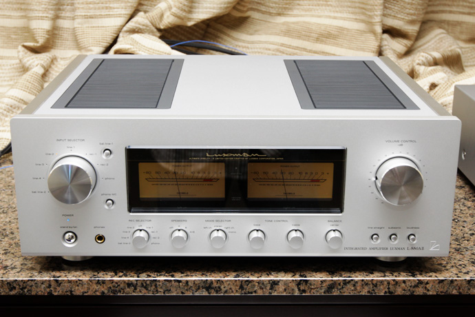 Luxman integrated amp