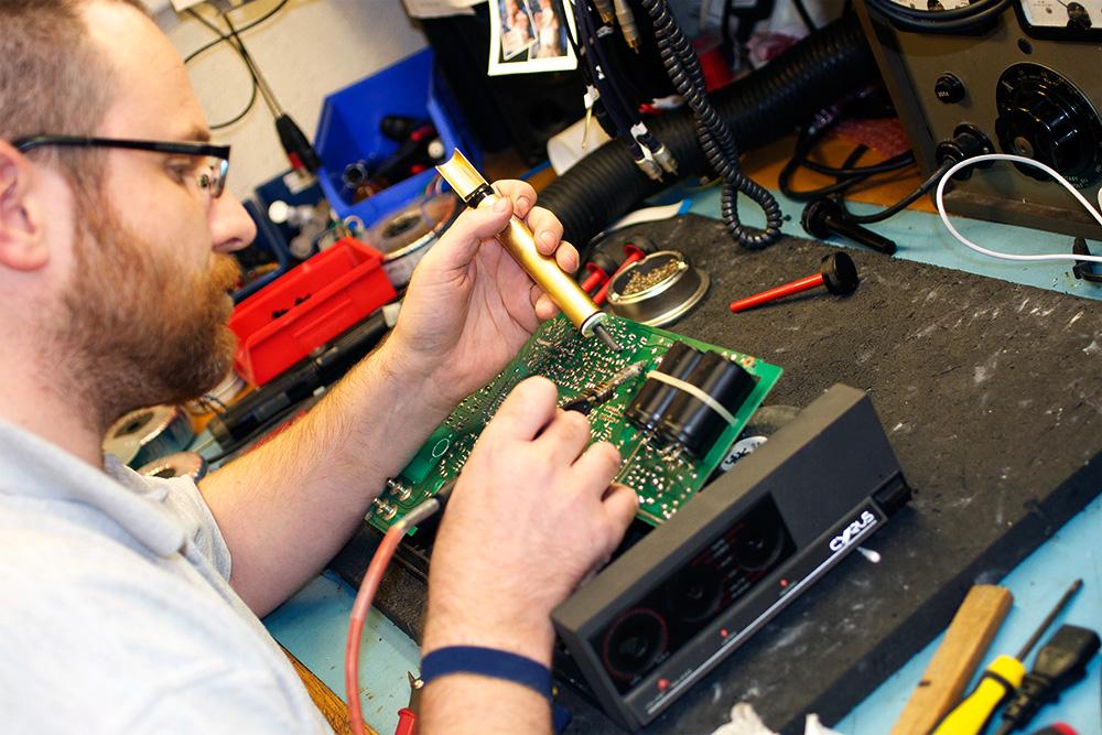 Cyrus technician
